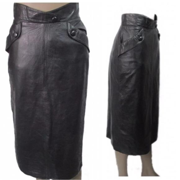 7756dd816ff2 Vintage ECHTES Black Leather Pencil Skirt Size 6. M_5c6a04b83c98445c13d22d8e